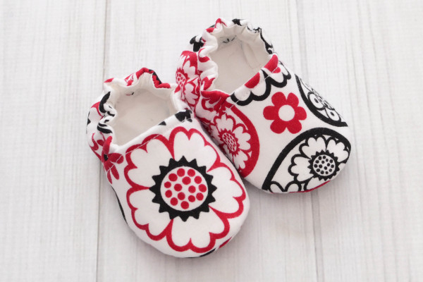 Red Hearts Baby Shoes